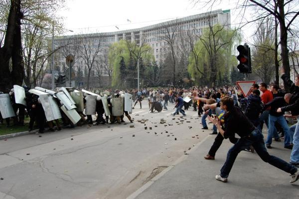 Moldova încearcă să se scuture de comunism