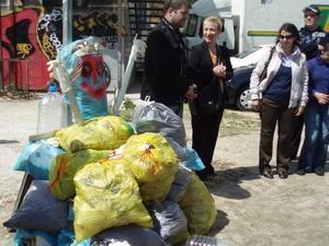 Coslada: Românii curăţă râul Jarama
