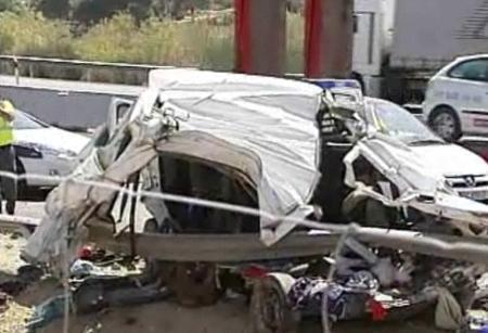 Tragedie pe autostradă: 6 români morţi şi 3 răniţi