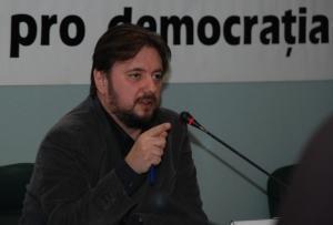 """INTERVIU Cristian Pirvulescu: """"E foarte probabil ca guvernul sa fie obligat sa se retraga"""""""