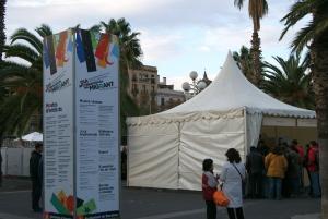 Români la Ziua Emigrantului la Barcelona