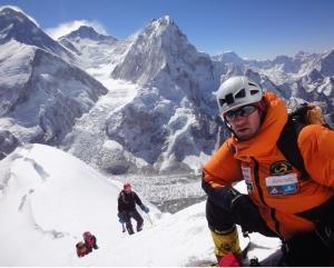 Horia Colibăşanu – speranţa alpinistului spaniol rătăcit pe Annapurna