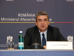 Baconschi se întâlneşte cu românii la Madrid