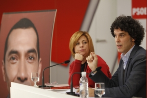 Los socialistas llaman a los extranjeros que voten en las locales de 2011
