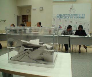 Romanii trec pe primul loc ca numar de votanti straini in Spania