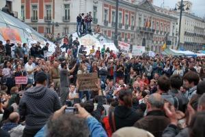 Tinerii declanseaza Revolutia Spaniola a Indignarii