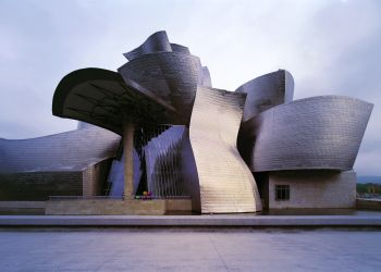 Opera lui Brancusi expusa la Muzeul Guggenheim din Bilbao
