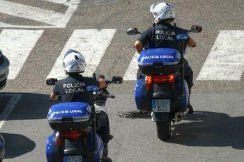 Argintărie de 4500 de euro furată de la bătrânii pe care-i îngrijea