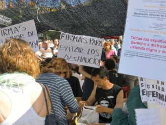 Dezastrul spaniol: 160.000 de familii vor fi scoase in strada de banci