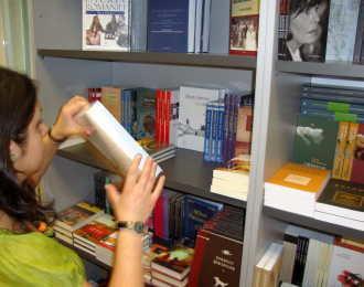 Carti in limba romana de vanzare la Madrid