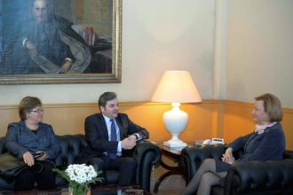Intalniri intre ambasador si presedintii regiunilor La Mancha si Aragon