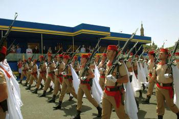 Militarii spanioli, obligati sa-si plateasca mancarea
