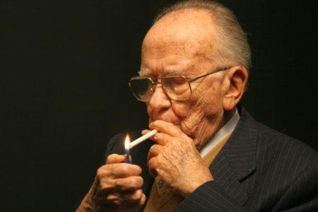 Moare Santiago Carillo, ultimul lider al comunistilor spanioli