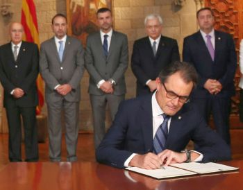 Artur Mas traseaza granita dintre Catalonia si Spania