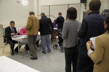 Prezidențiale2014: Românii din Spania au stat ore în șir la cozi ca să voteze