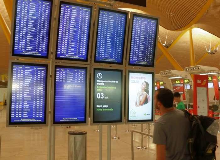 Îmbunătățirea legii privind călătoria minorilor în străinătate