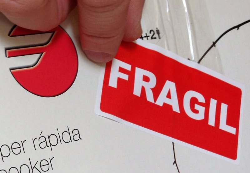 pachete nelutu moise fragil