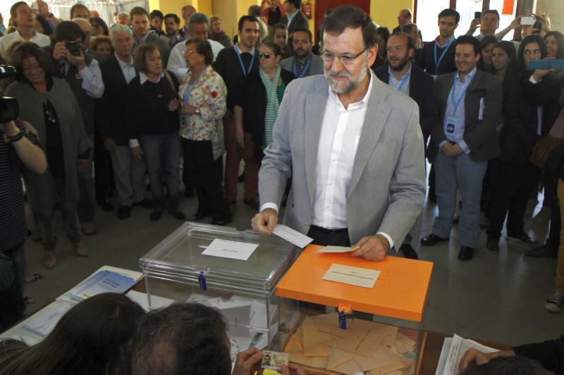 Mariano Rajoy voteaza la alegerile locale din 24 mai 2015 2