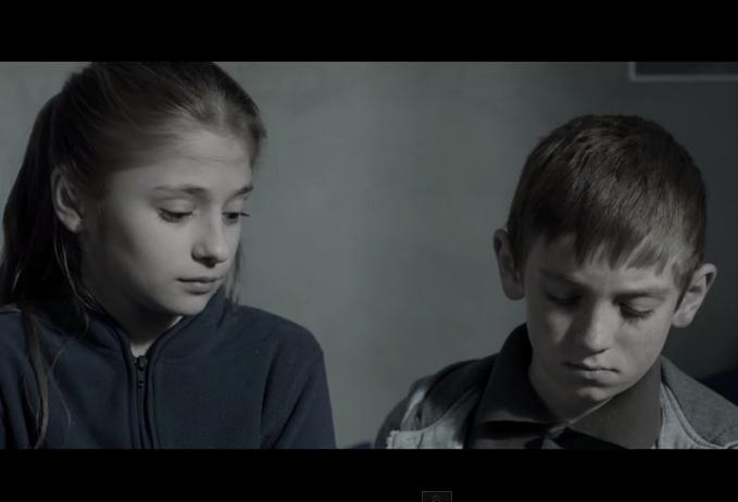 Voltaj ne aduce aminte de copiii lăsați acasă la Eurovision 2015