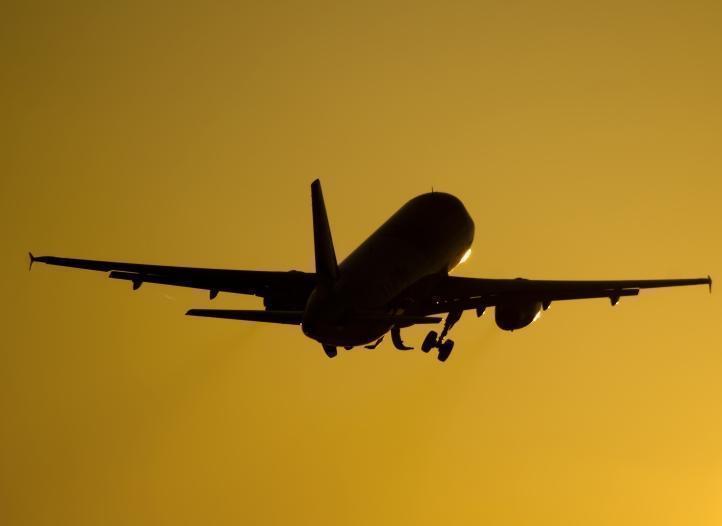Un avion cu 116 pasageri a ieșit de pe pistă la Cluj Napoca