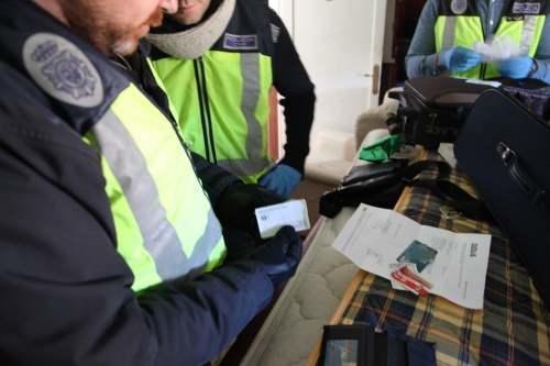 inselatorii online politia spaniola