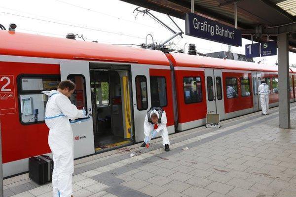 Un presupus jihadist a înjunghiat patru pasageri într-o gară din Germania