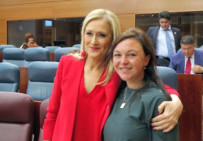 Anka Moldovan si Cristina Cifuentes 2